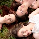 girls-1487825_1920